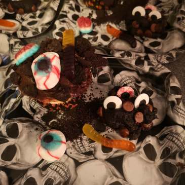 Zombie Eyeballs Cookies by Alexa Wayne